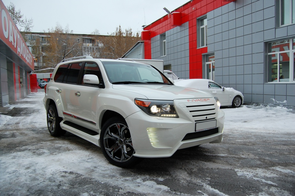 Тюнинг Toyota Land Cruiser 200 Invader